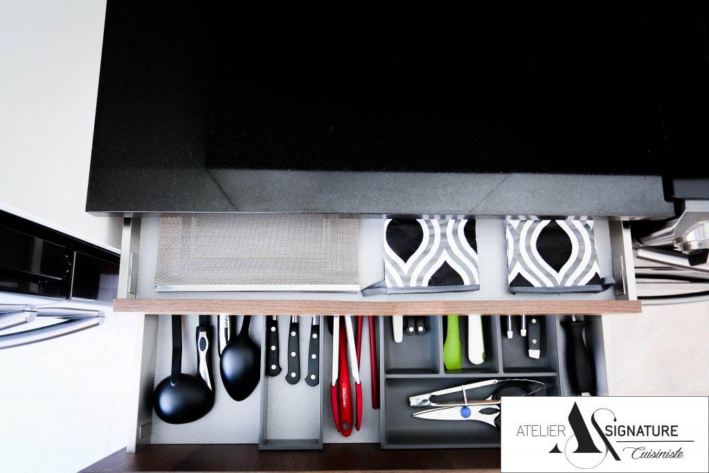 Armoire de cuisine moderne - Cusiniste Atelier Signature (8)