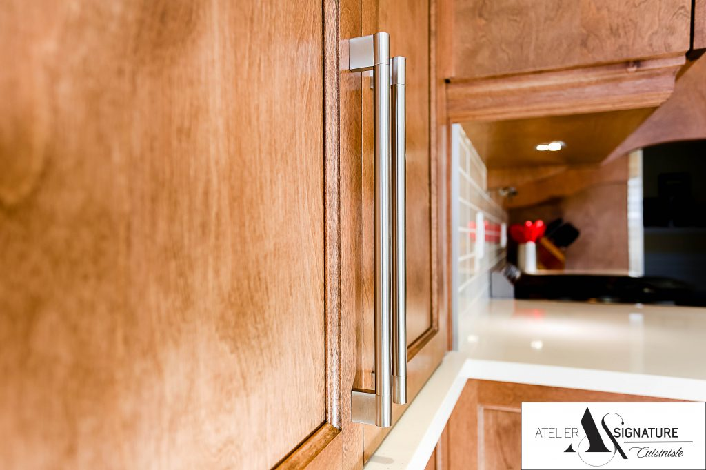 Poignee armoire de cuisine style contemporain