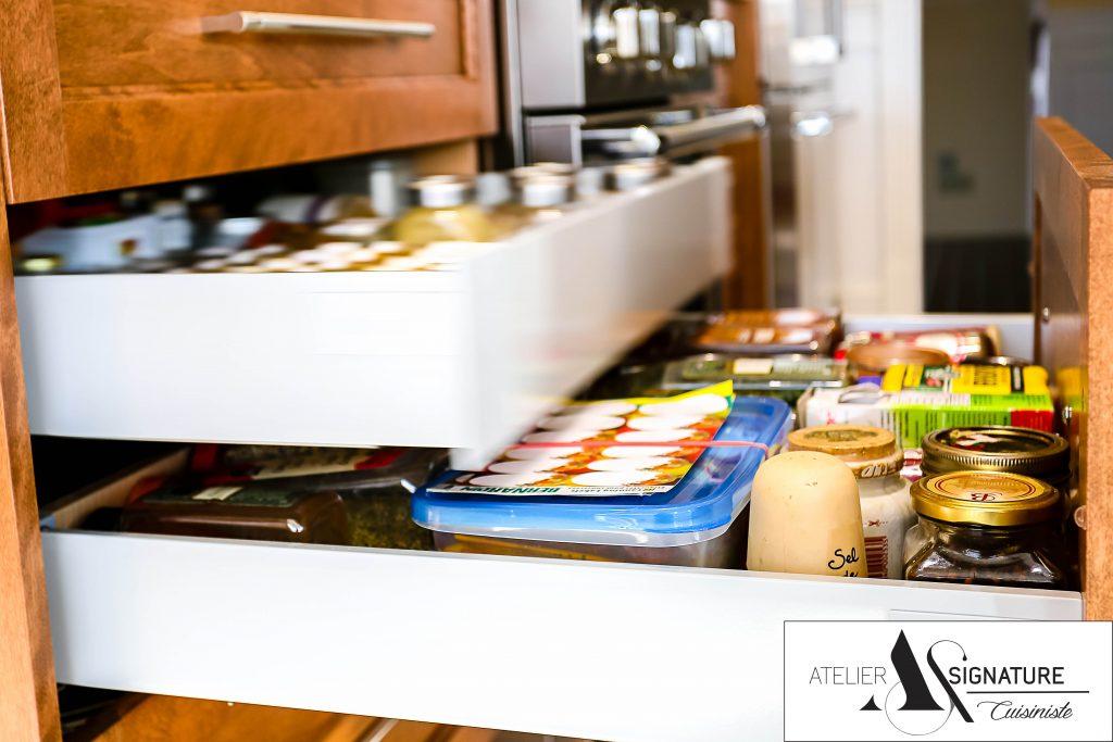 Pull out de garde manger armoire de cuisine Laval